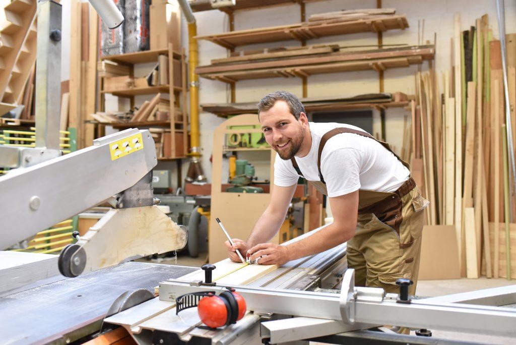 bigstock-Friendly-Carpenter-With-Ear-Pr-224313286-1024x684
